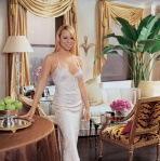 Cool-and-Modern-Mariah-Carey-Apartment-Interior-Design